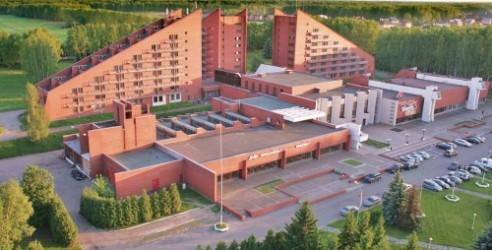 """Парк-отель  """"Олимпиец """" расположен на берегу реки Клязьма в окрестностях города Химки на собственной территории..."""